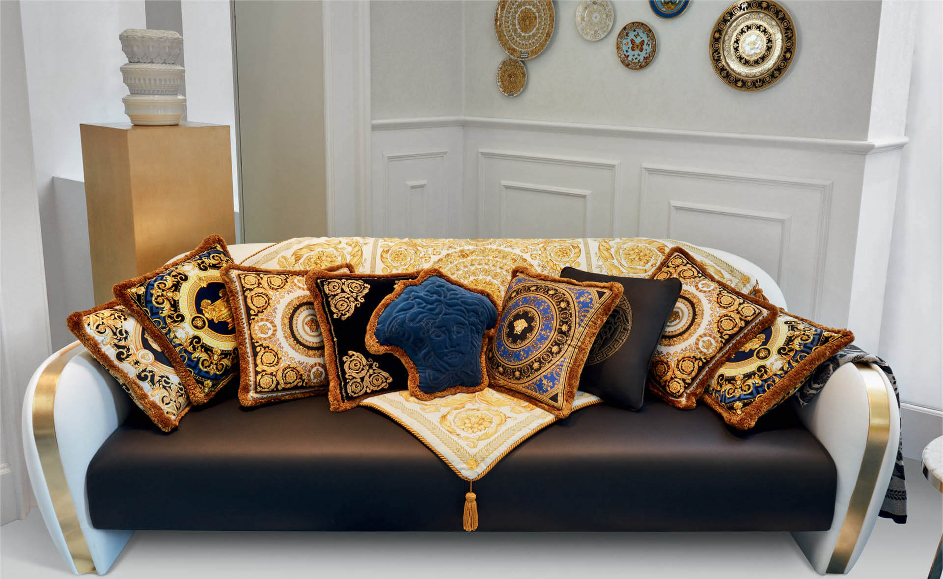 VERSACE HOME 奢侈品家具