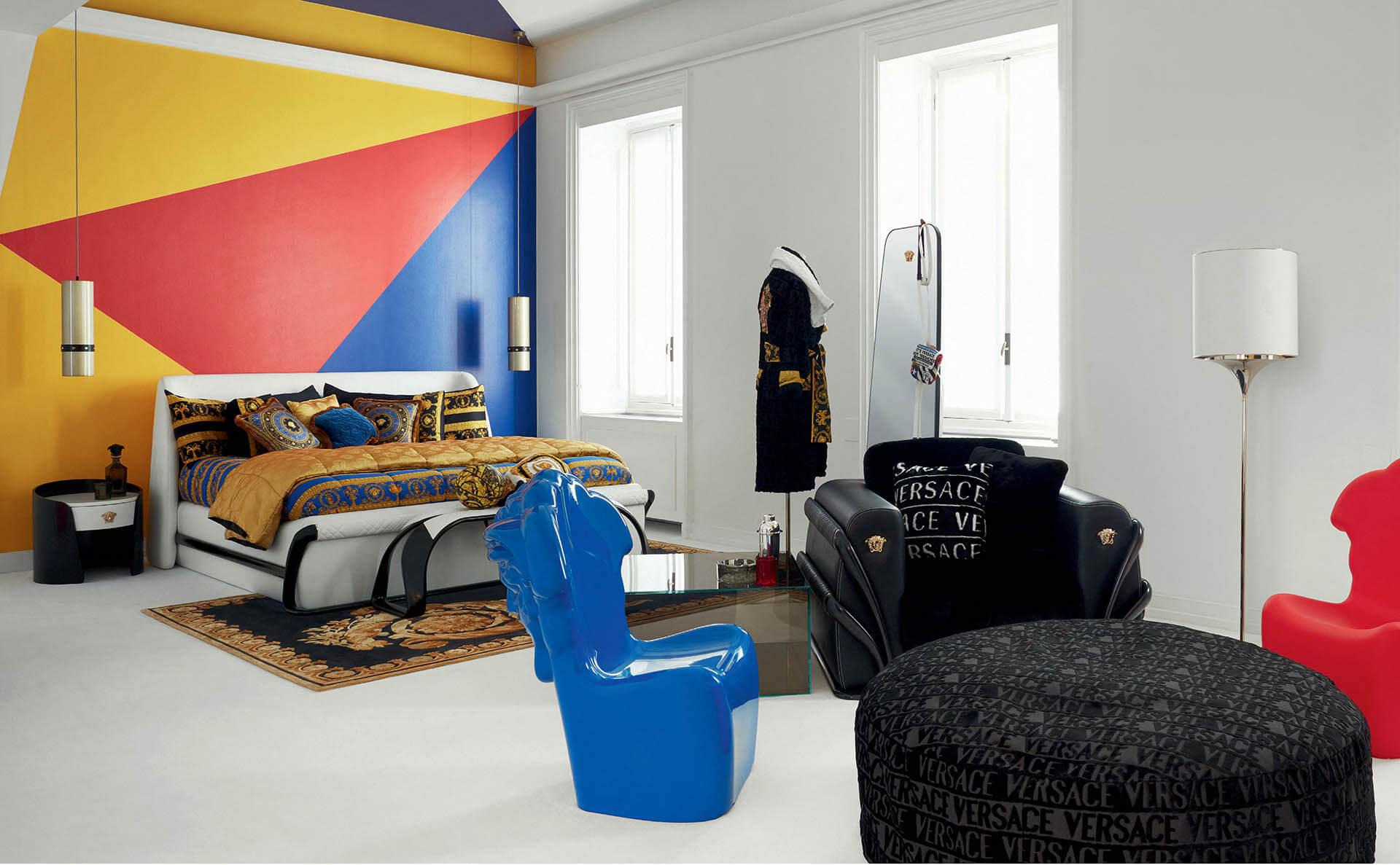 義大利頂級家具品牌 Versace Home 主臥室家具搭配